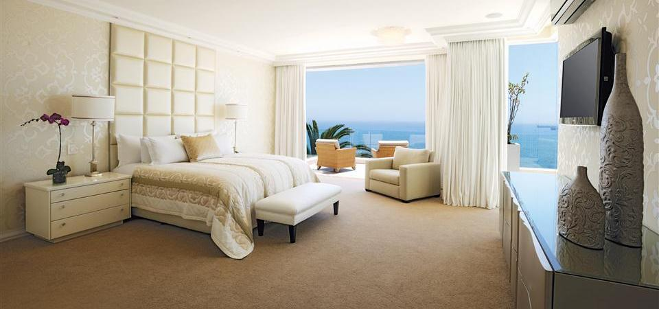 Clarendon Bantry Bay-Room 11