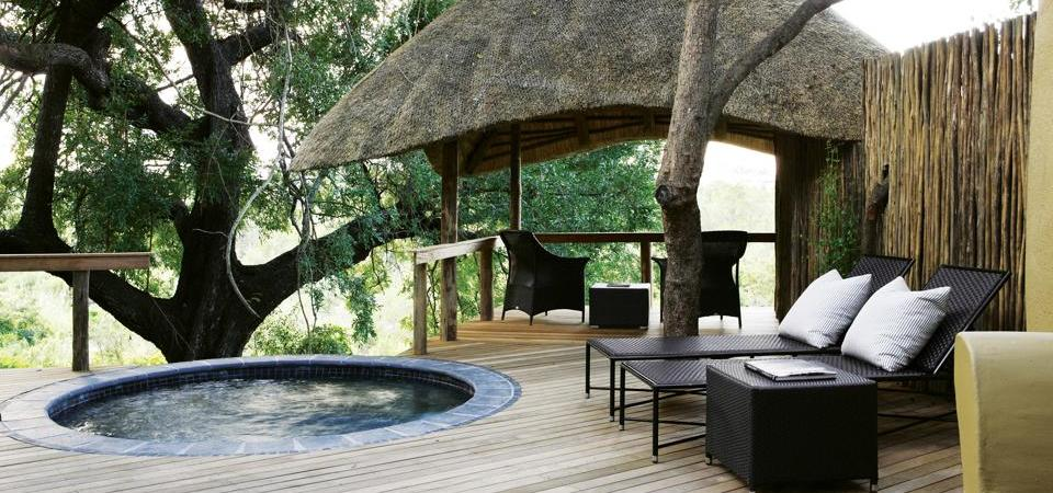 Londolozi-Varty Camp Plunge Pool and Sala
