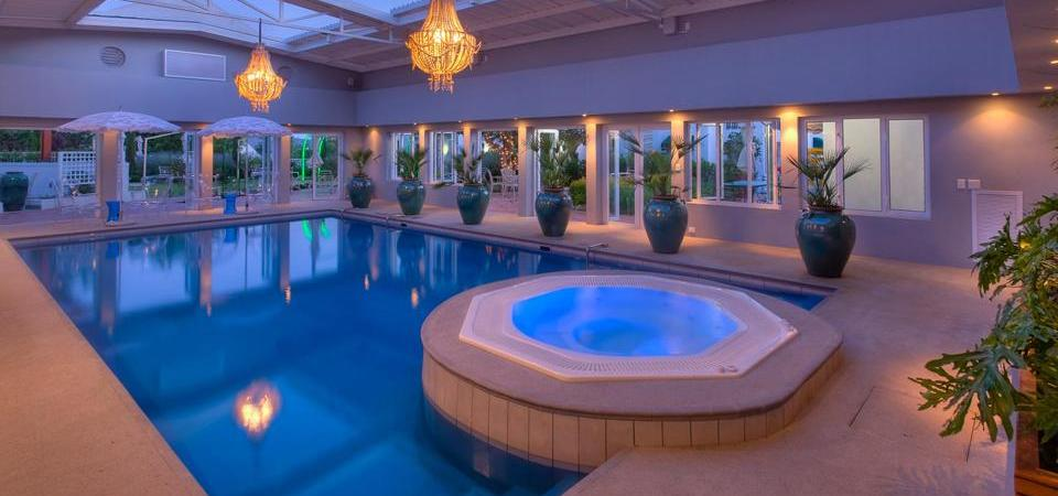 majekahouse pool