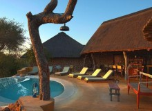 motswari-private-pool-area